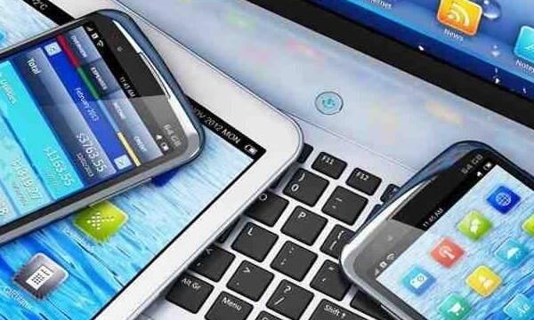 Estados Unidos pospone las tarifas a móviles, ordenadores y consolas fabricadas en China