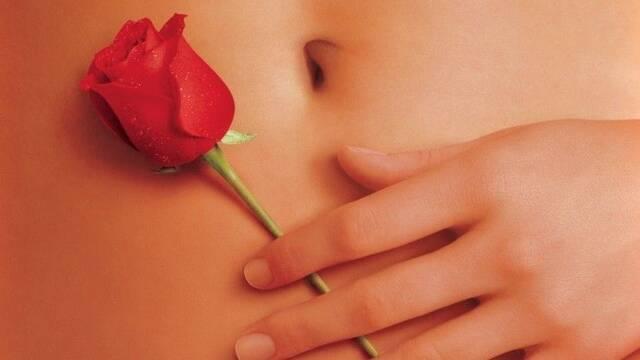 Christina Hendricks: Es su mano la del póster de American Beauty