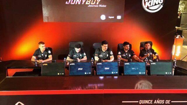x6tence anuncia su roster de CS:GO para la nueva temporada