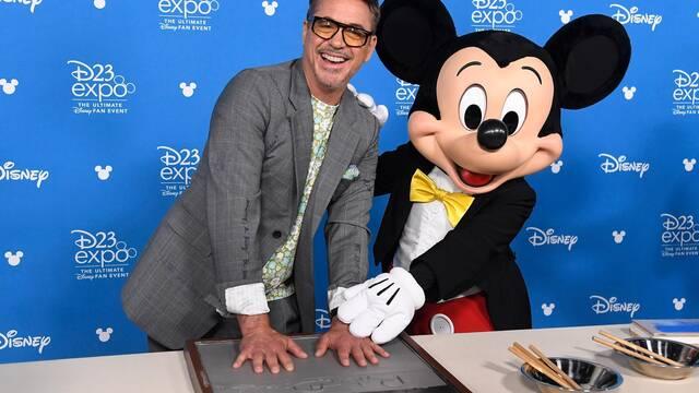 Robert Downey Jr. bromea por haber sido detenido por fumar maría en Disney