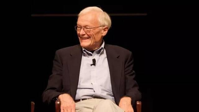 Willian English, coinventor del ratón para PC, muere a los 91 años