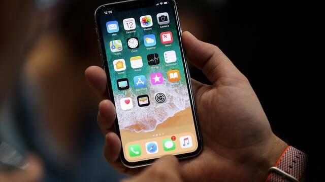 iPhone X tendrá 3GB de RAM y una batería de 2716mAh