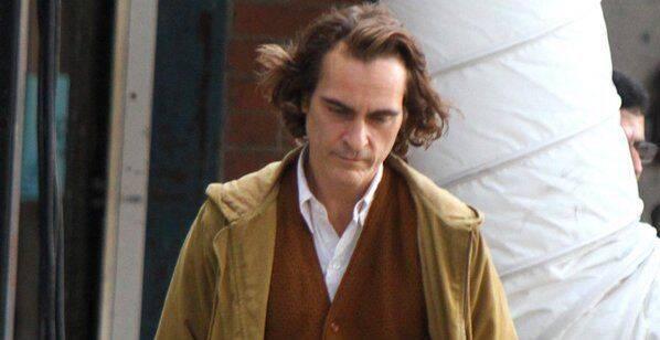 Presentan un adelanto de Joaquin Phoenix maquillado como el Joker