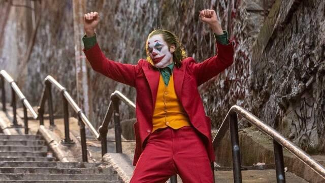 Joker de Joaquin Phoenix se guarda a la crítica en el bolsillo