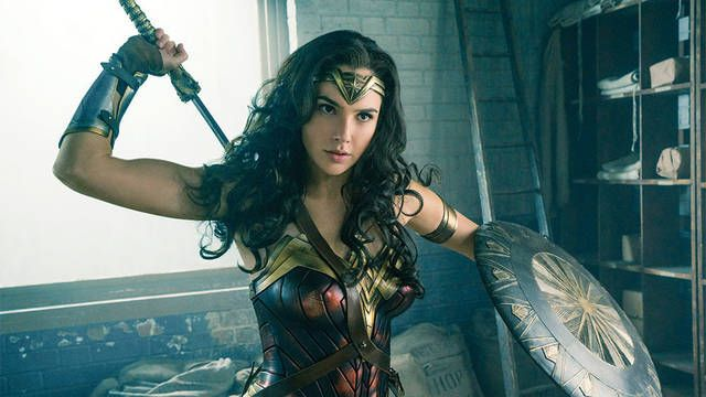 La CEO de Warner Bros. apuesta por Wonder Woman y no por Batman o Superman