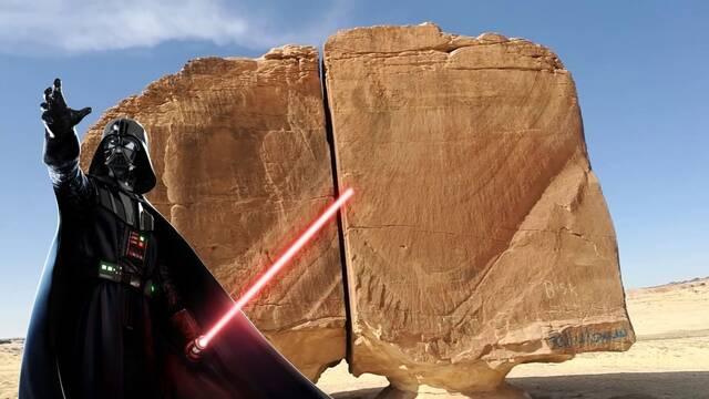 Al Naslaa, la imposible roca de Arabia Saudí que parece cortada con un sable láser
