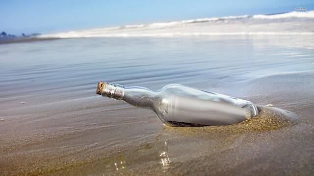 Una niña encuentra en Hawái un mensaje en una botella enviado hace 37 años