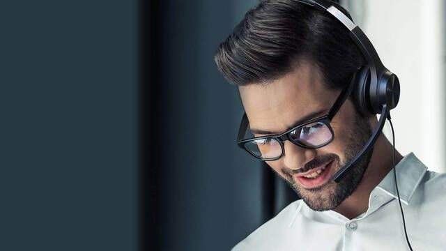 Creative presenta Chat USB, los auriculares pensados para charlar por Discord o Skype