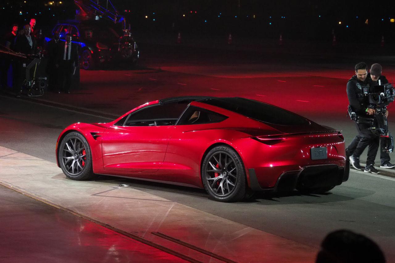Presentación del Tesla Roadster 2
