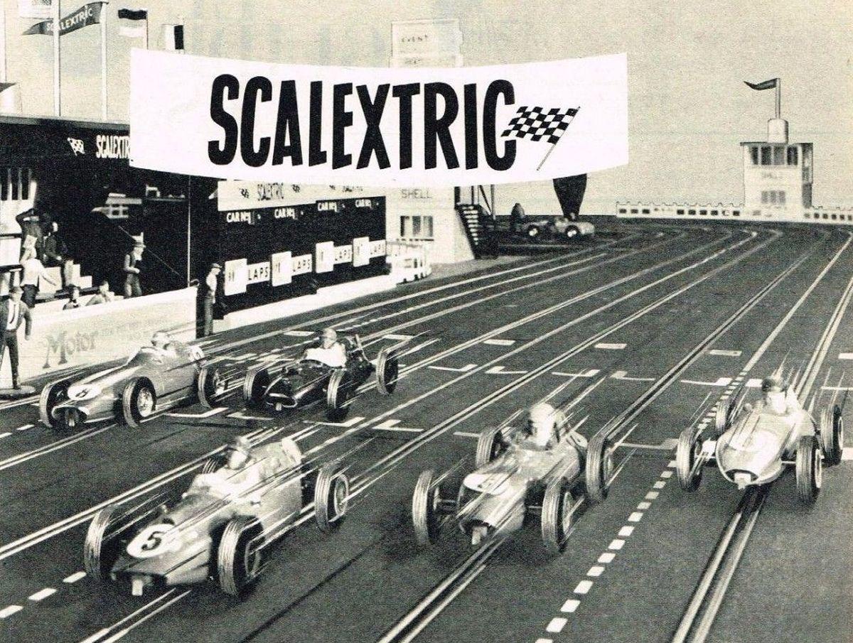 La invención de Francis - Scalextric