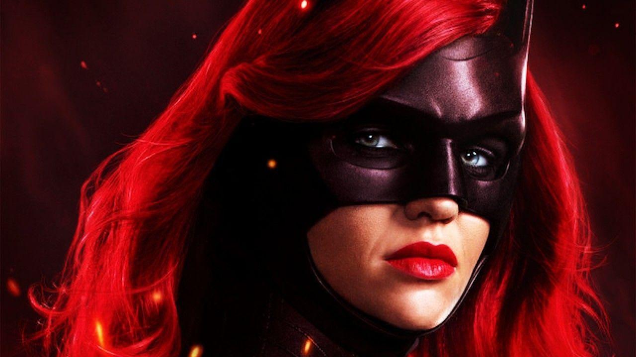¡Batwoman no cambiará de Kate Kane! Será otro personaje la protagonista
